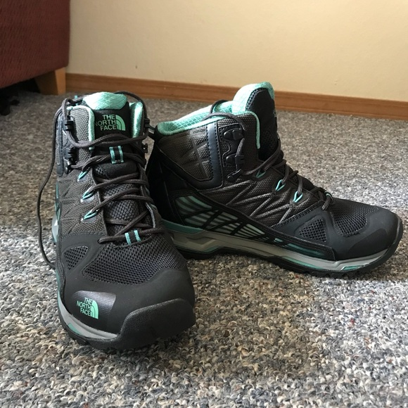 1165ac03e Ultra Gore-Tex Surround Mid hiking boot